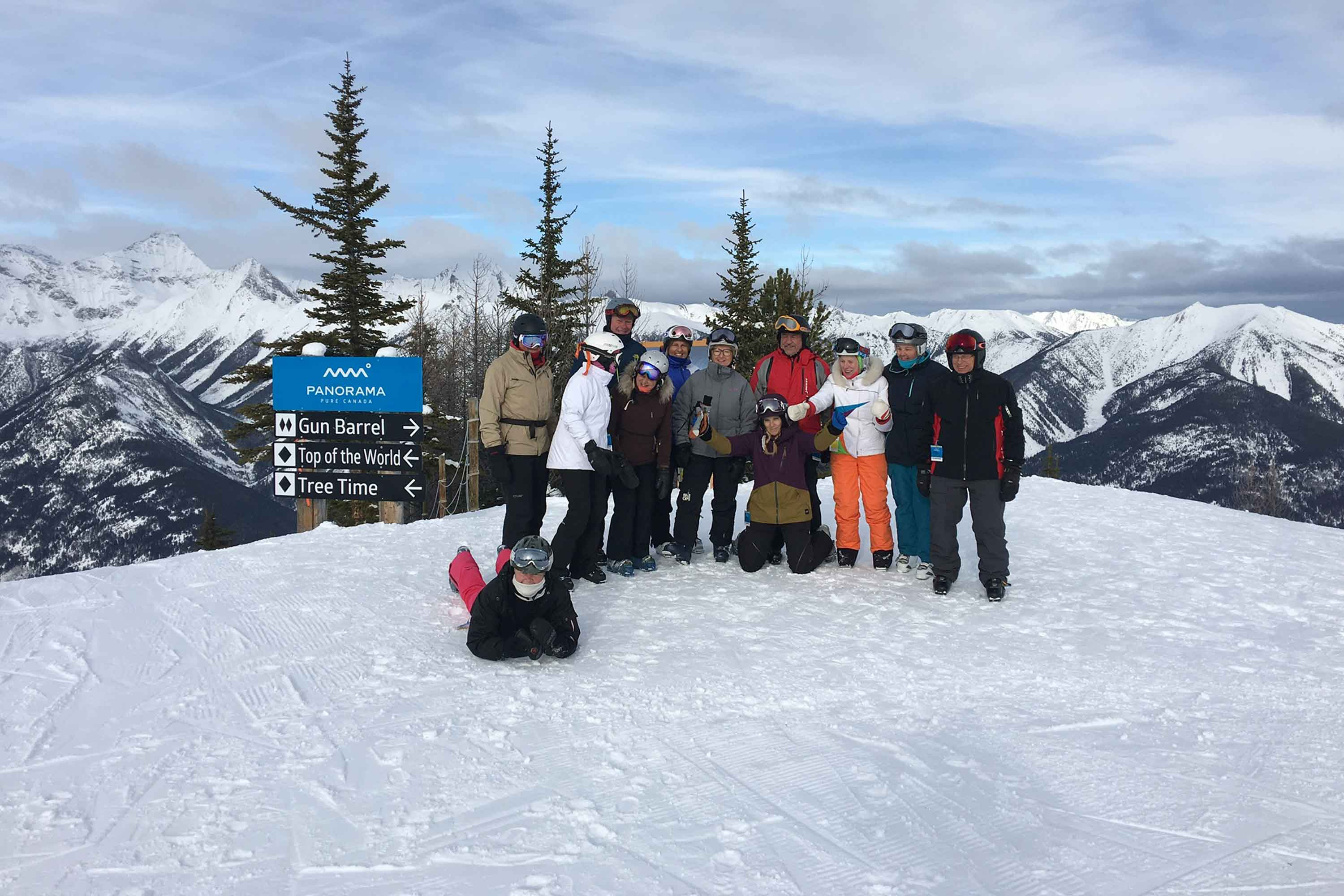 Group Tour Panorama Powder Highway