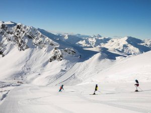 Skiing the groomed runs at Meribel Ski Resort, France