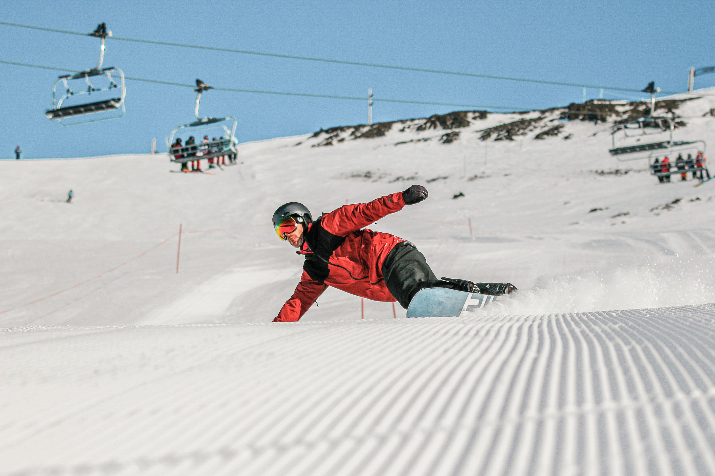 Ski Mt Hutt South Island holiday